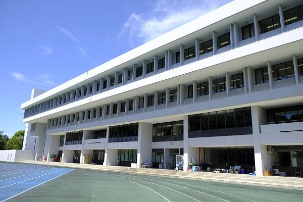 桐蔭学園 校舎群の画像